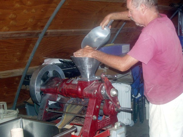 Larry pressing seed